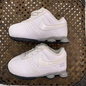 Nike Shox Deliver SMS TD Size 4C